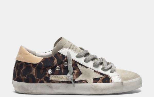 Golden Goose Sneakers are