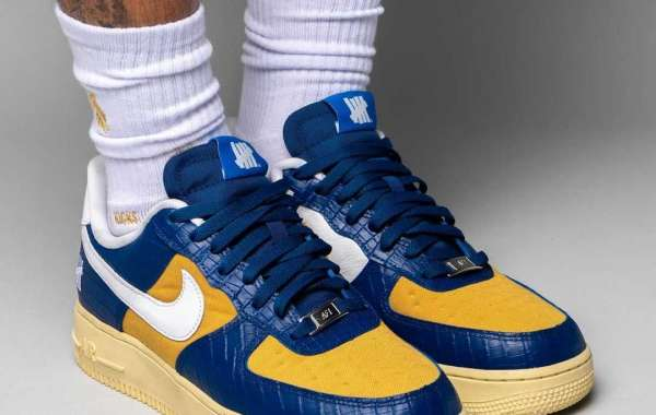 """Undefeated x Nike Air Force 1 Low """"Dunk vs AF1"""" Blue DM8462-400 For Sale!"""